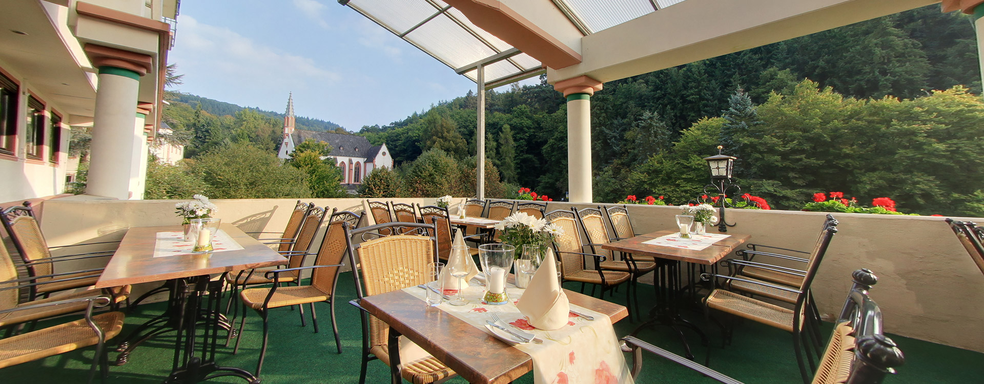 akzent_waldhotel_rheingau_geisenheim_terrasse_01